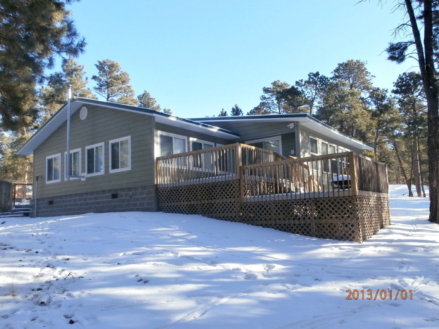 175 Cedar Ridge Pine Haven Wyoming 82721