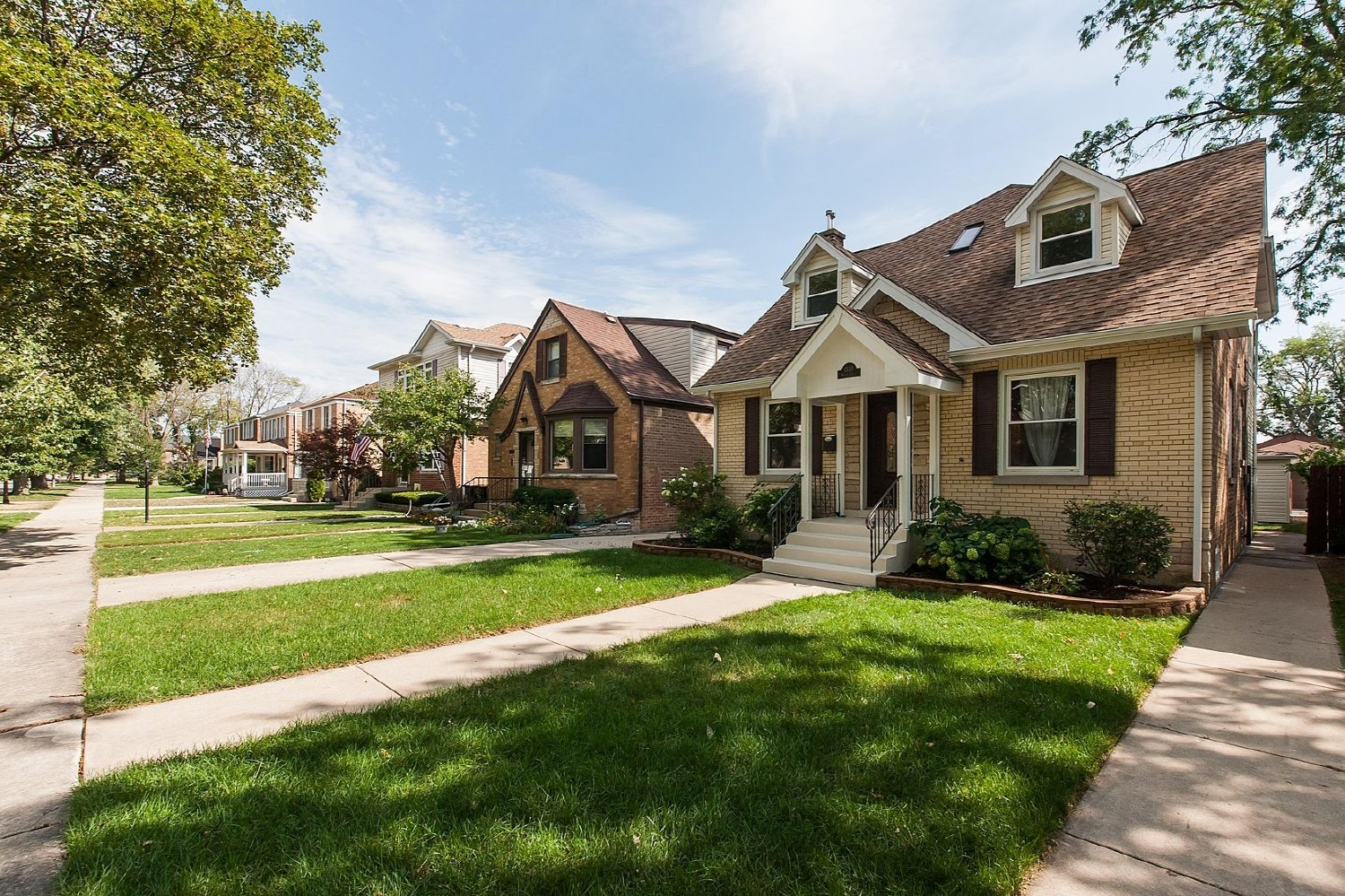 7335 N. Odell Avenue Chicago IL 60631