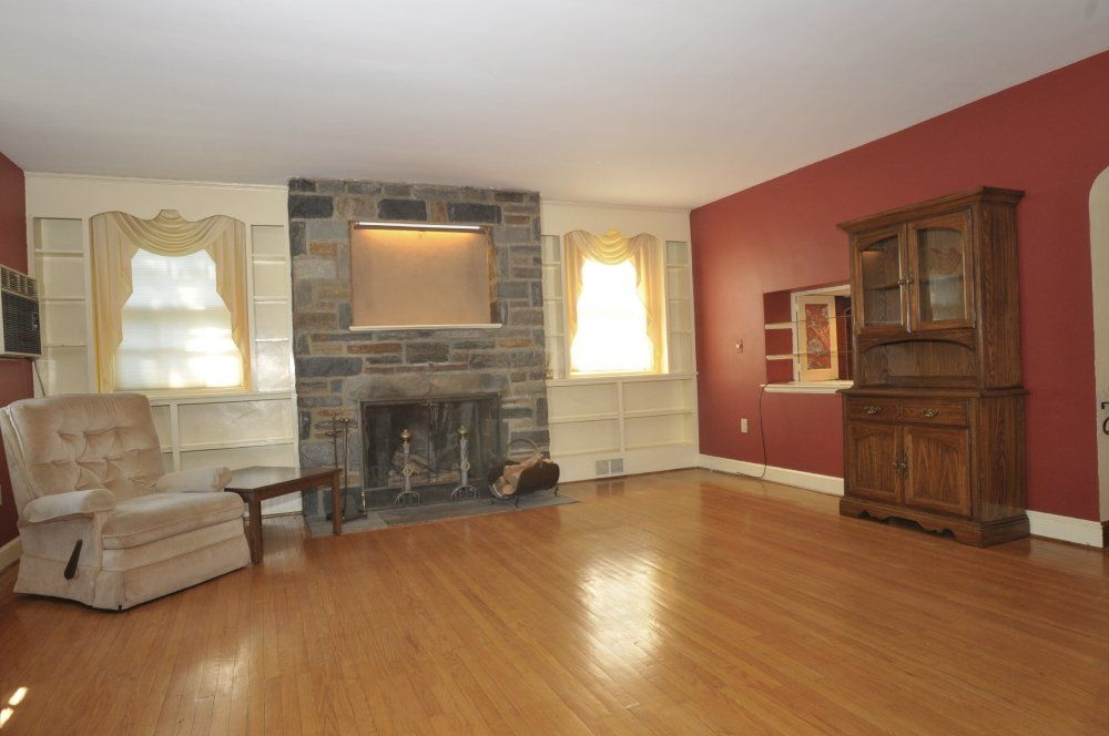 Fireplace Surrounds With Bookcases