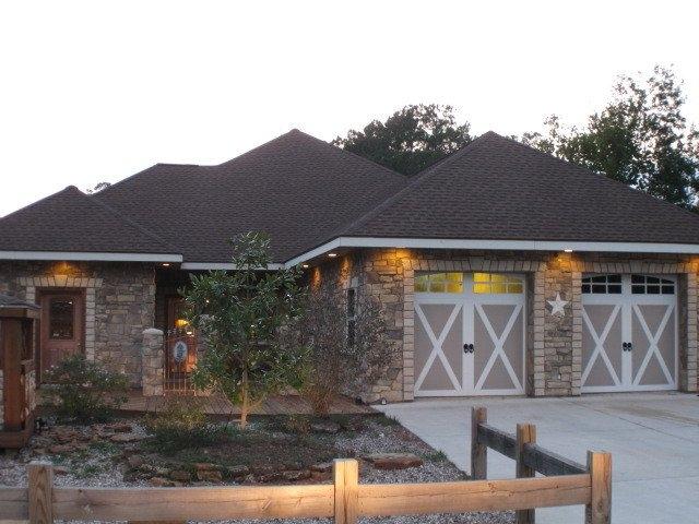 22 Wildwood Lake Dr., Huntsville, Texas, 77340