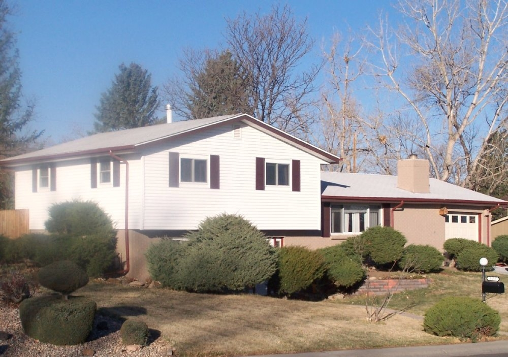 56751 4d8ff392295266.78741590 full Great Applewood Knolls, home for sale in Lakewood